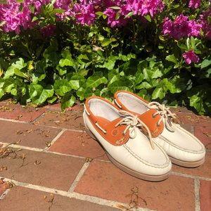 BNWT Kiel James Patrick Boat Shoes!!